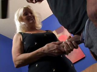 порно онлайн секс с бабушкой