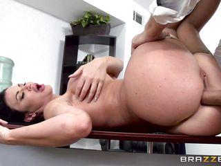 секс первый раз как правильно видео